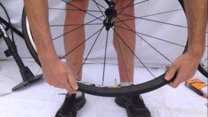 Placer le pneu
